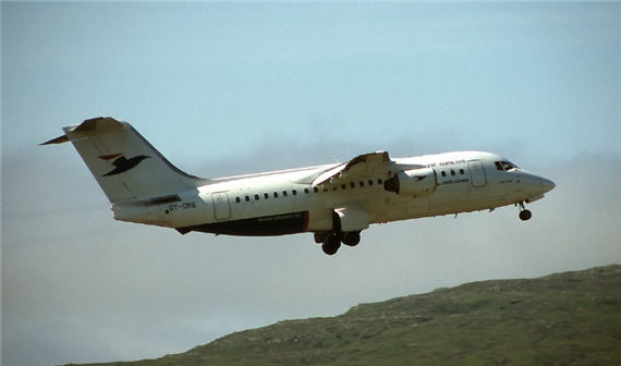 OY-CRG i luften over Færøerne