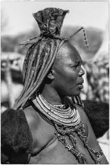 Himba 3 © Andre Van den Bossche