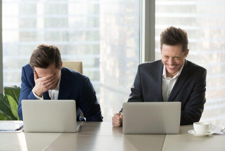 Bankirer skrattar. Avanza sparkonto är ett bättre alternativ men det tappar fortfarande värde.