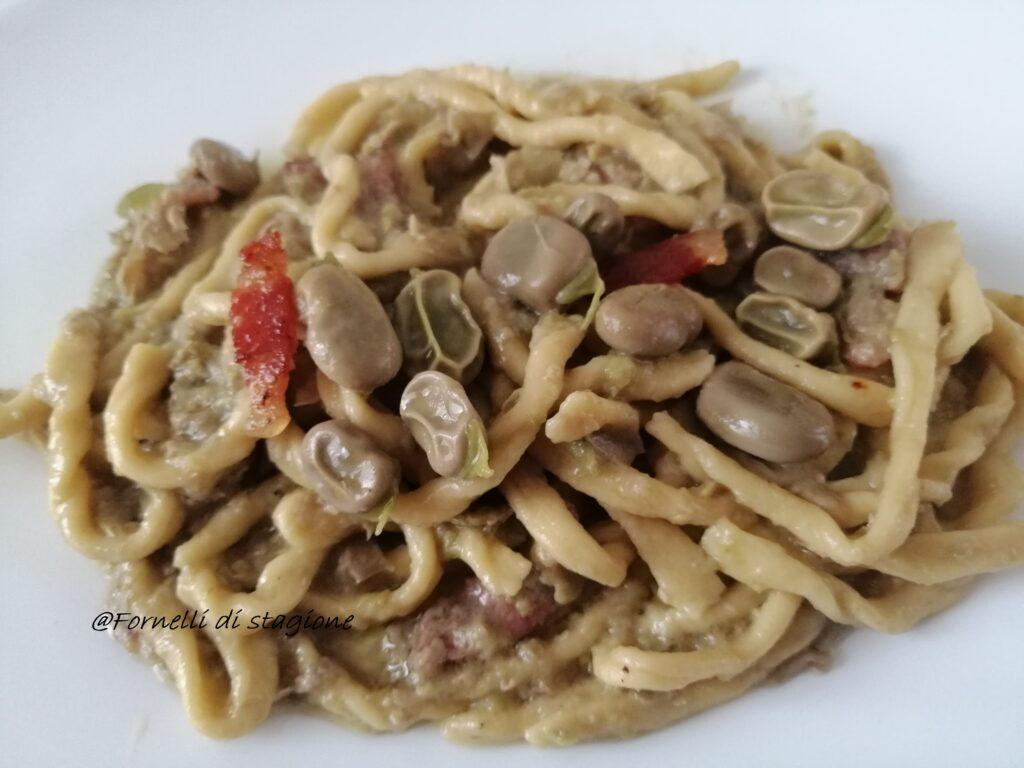 strozzapreti fave e pancetta