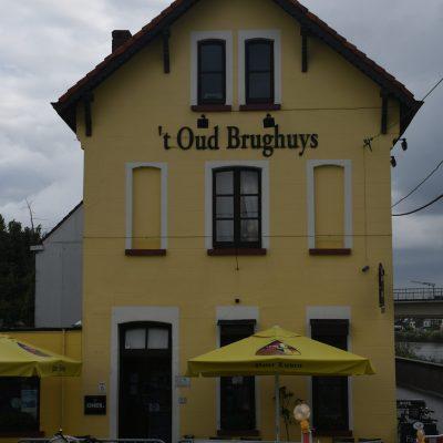 Café 't Oud Brughuys Langs Paardebroek en Paardeweide Berlare