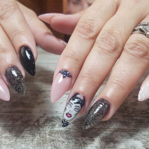 uñas de acrlicas