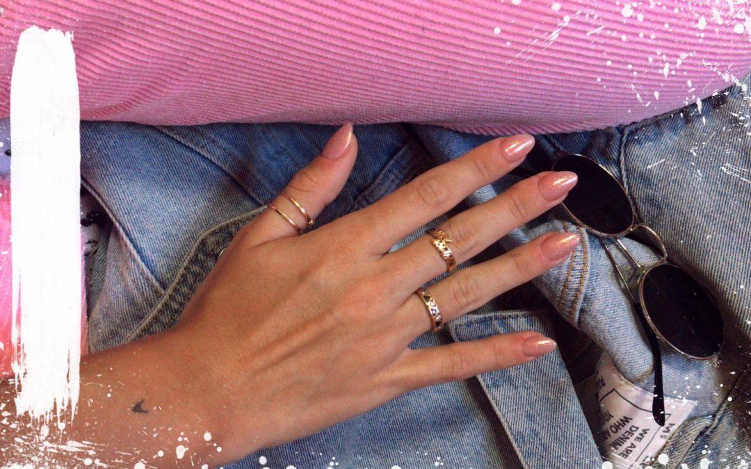 Academia de uñas. Cursos en Málaga y uñas de gel perfectas.