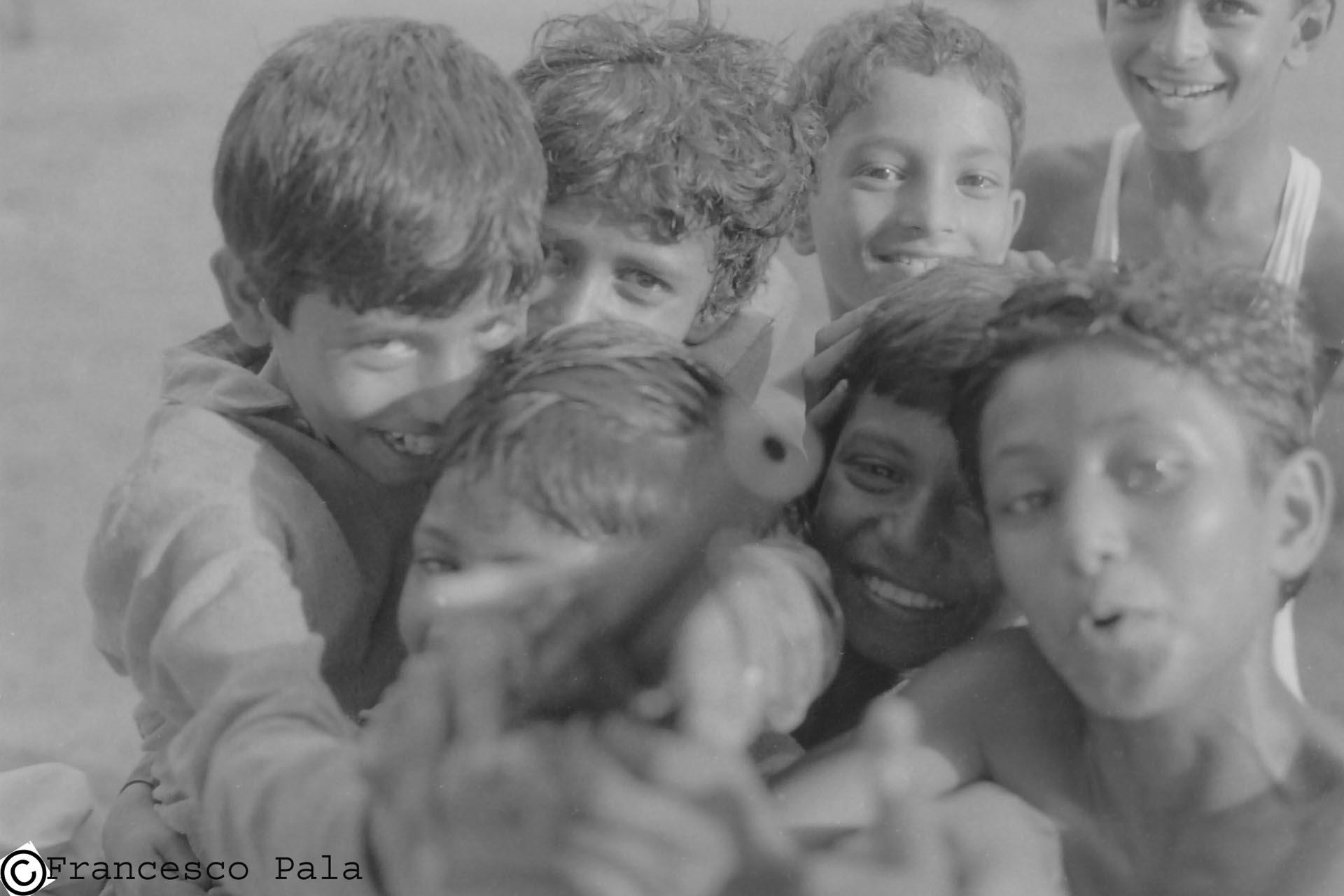 Children with gun- India ,1990