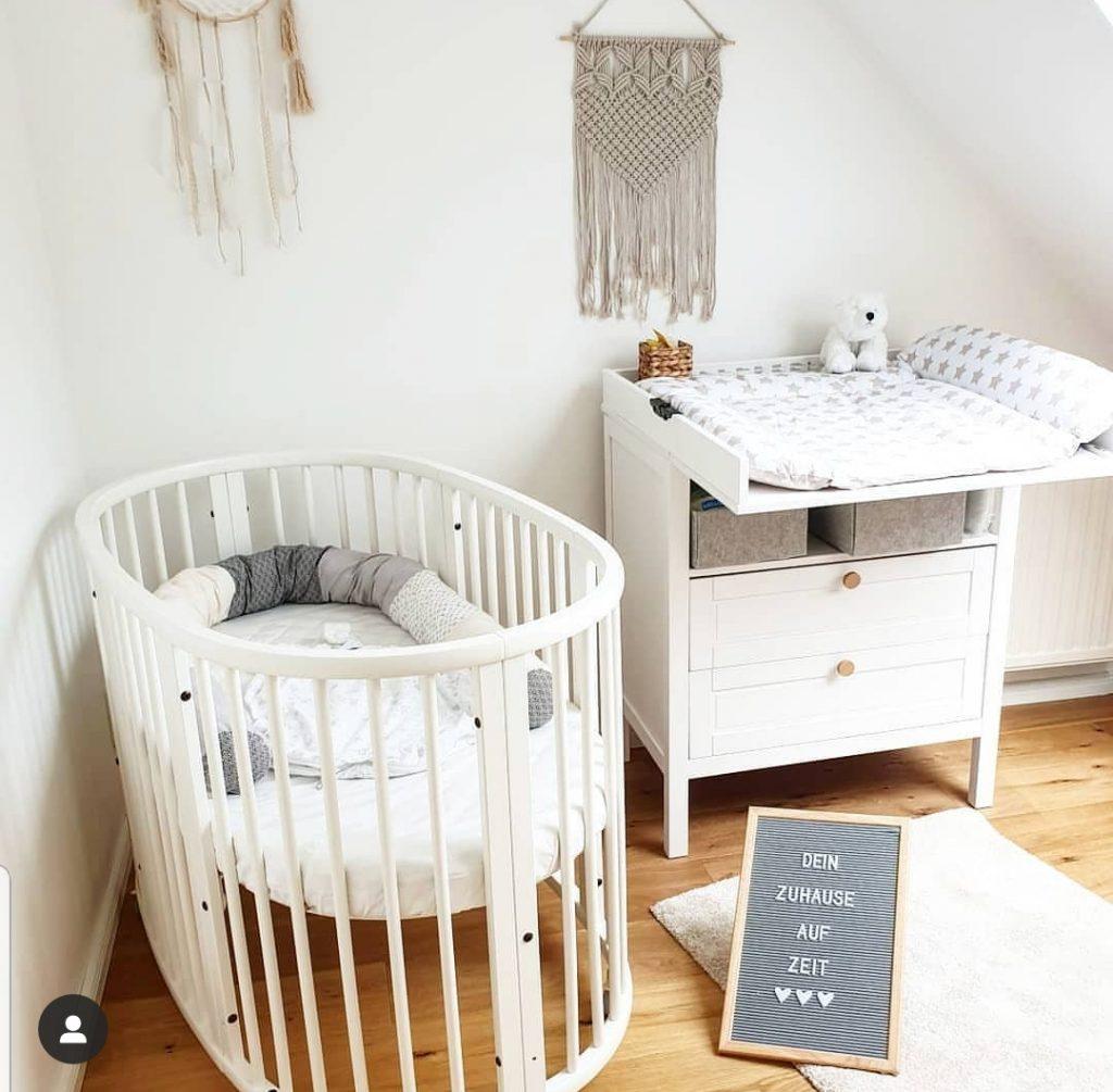 Kinderbett für Pflegekind
