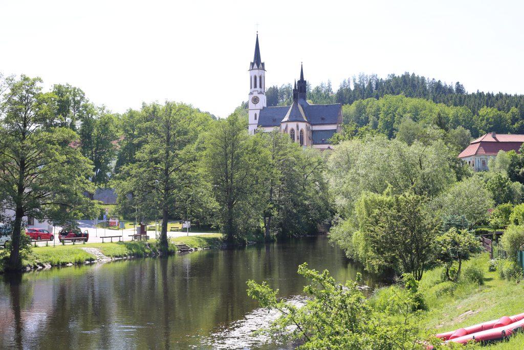 Kirche von Vyssi Brod mit Modau