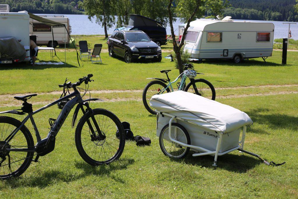 Campingplatz Modrin, bturtle und 2 Fahrräder