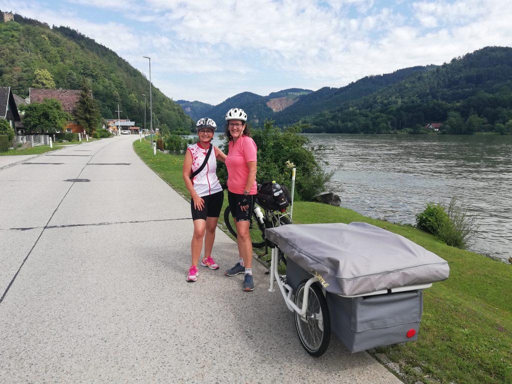 Radweg mit Sabine und Elke