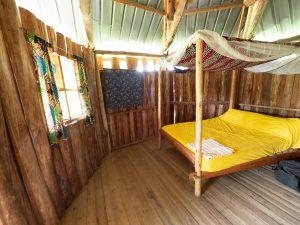 Boende Uganda säng.