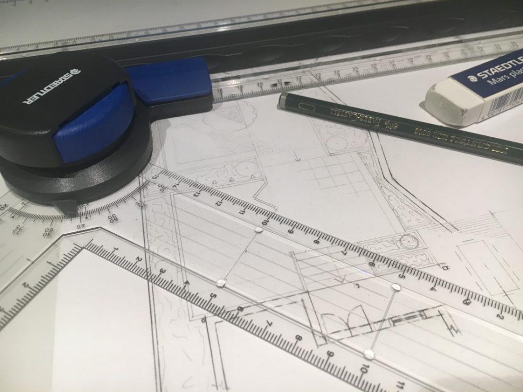 10 steg for planlegging av hage til nytt hus, tegne