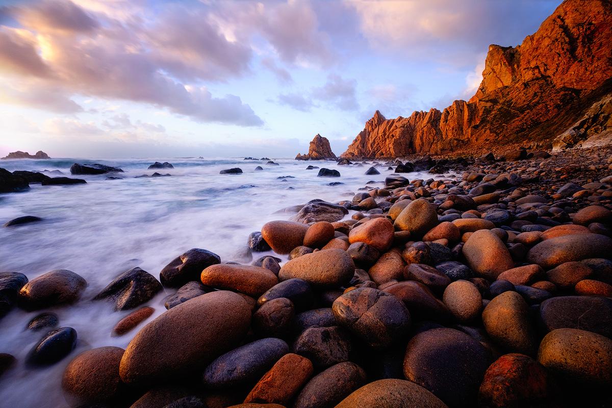 """Last light at Praia da Aroeira Fuji X-T1 . Fuji XF10-24mmF4 @ 10mm . f/8 . 2"""" . ISO 200"""
