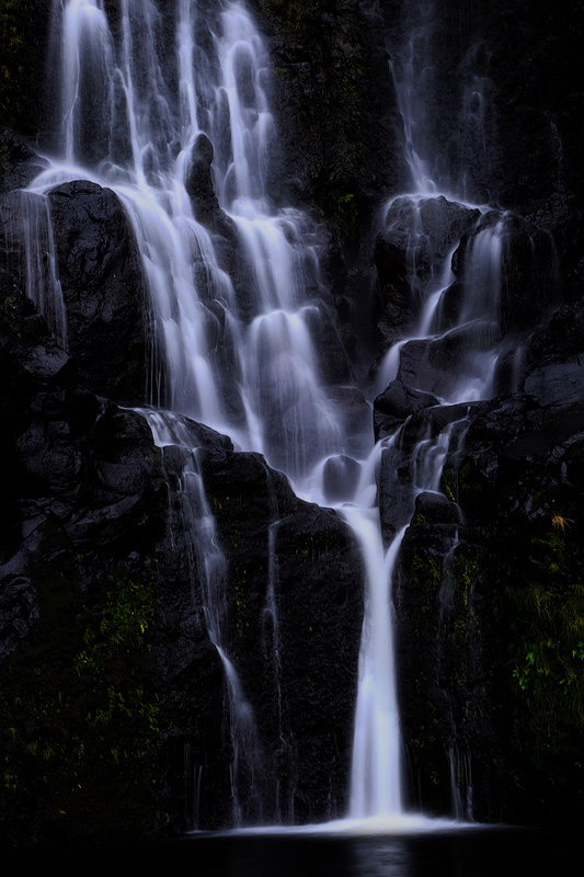 Bacalhau waterfall abstract, Flores island, Açores – X-T1 + XF55-200mm