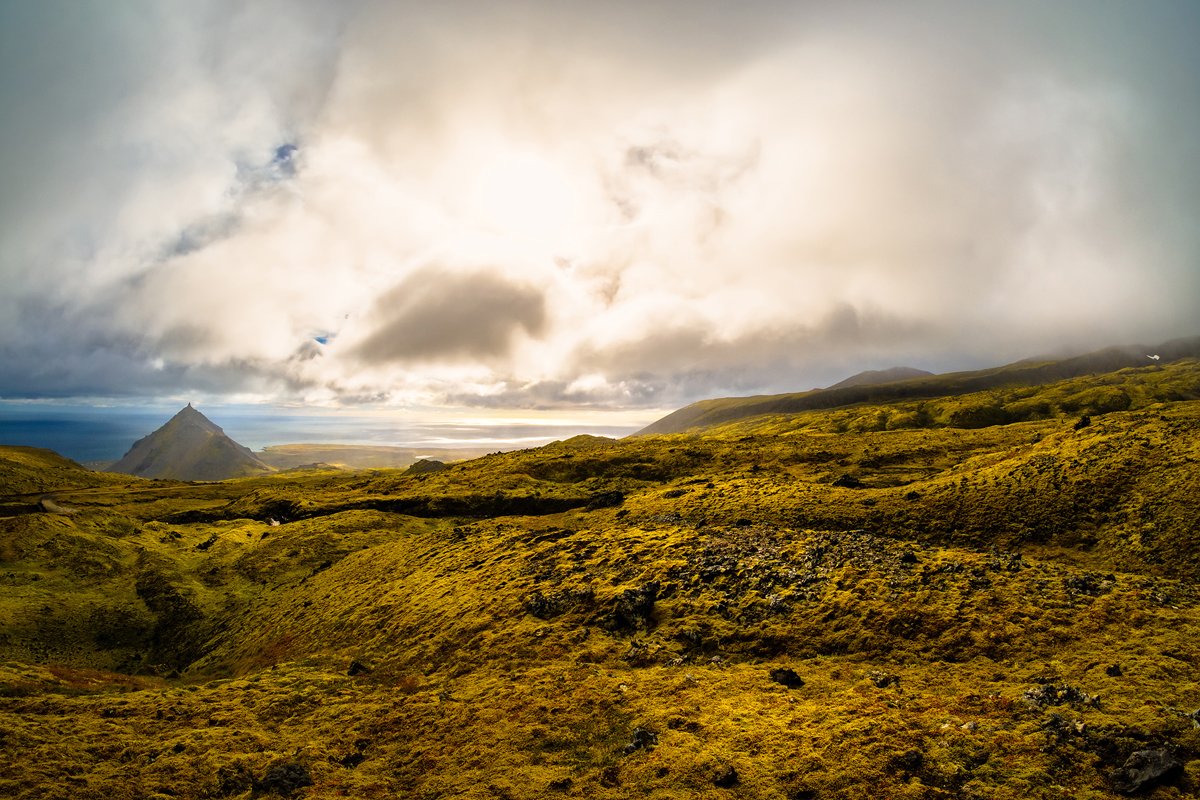 Snæfellsjökull - After the 4x4 climb on the gravel roads, 8mm F5.6 1/1000s iso200 - fish-eye