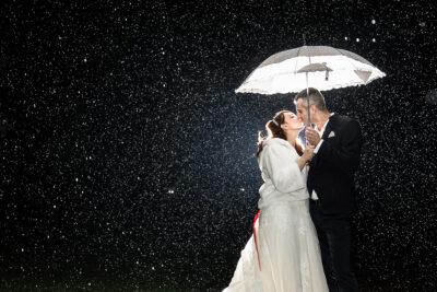 Fulvio Villa Photographer: sposi sotto la pioggia
