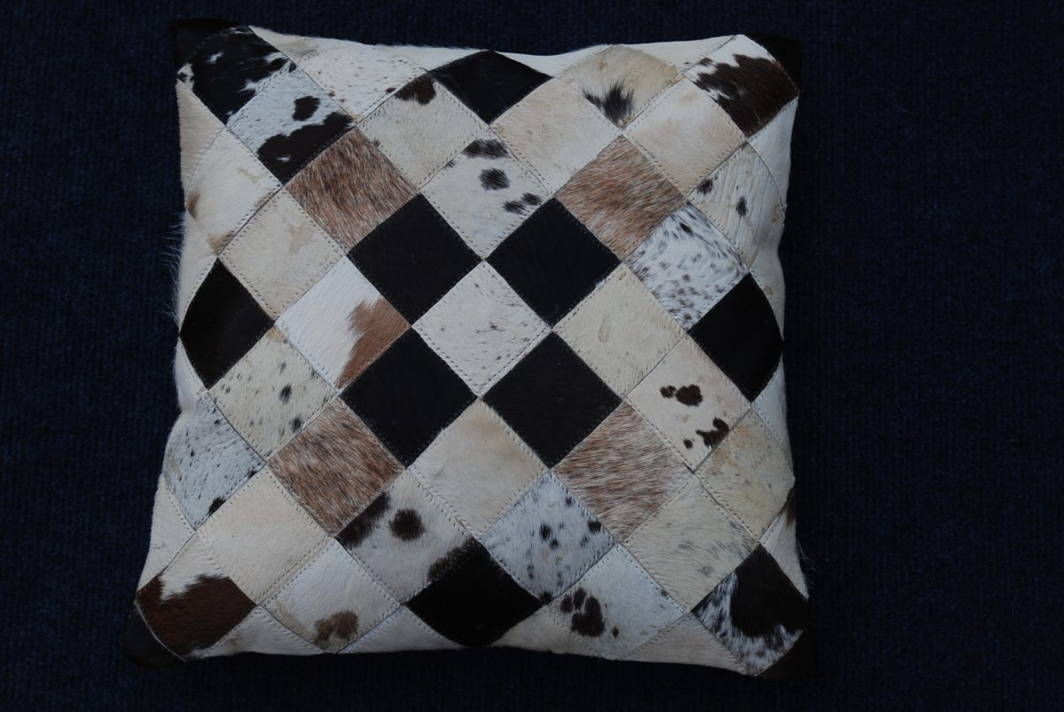 large-scatter-cushions