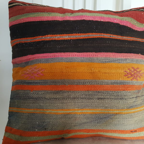 moroccan-cushion-covers