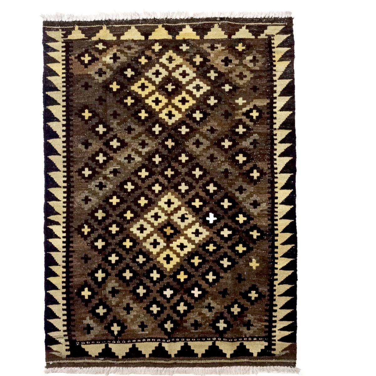 nízký vlasový koberec