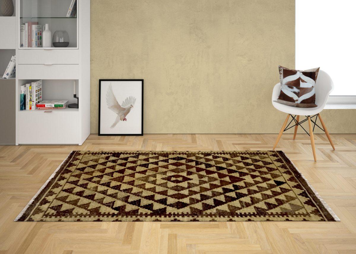 recepion area small kilim mat