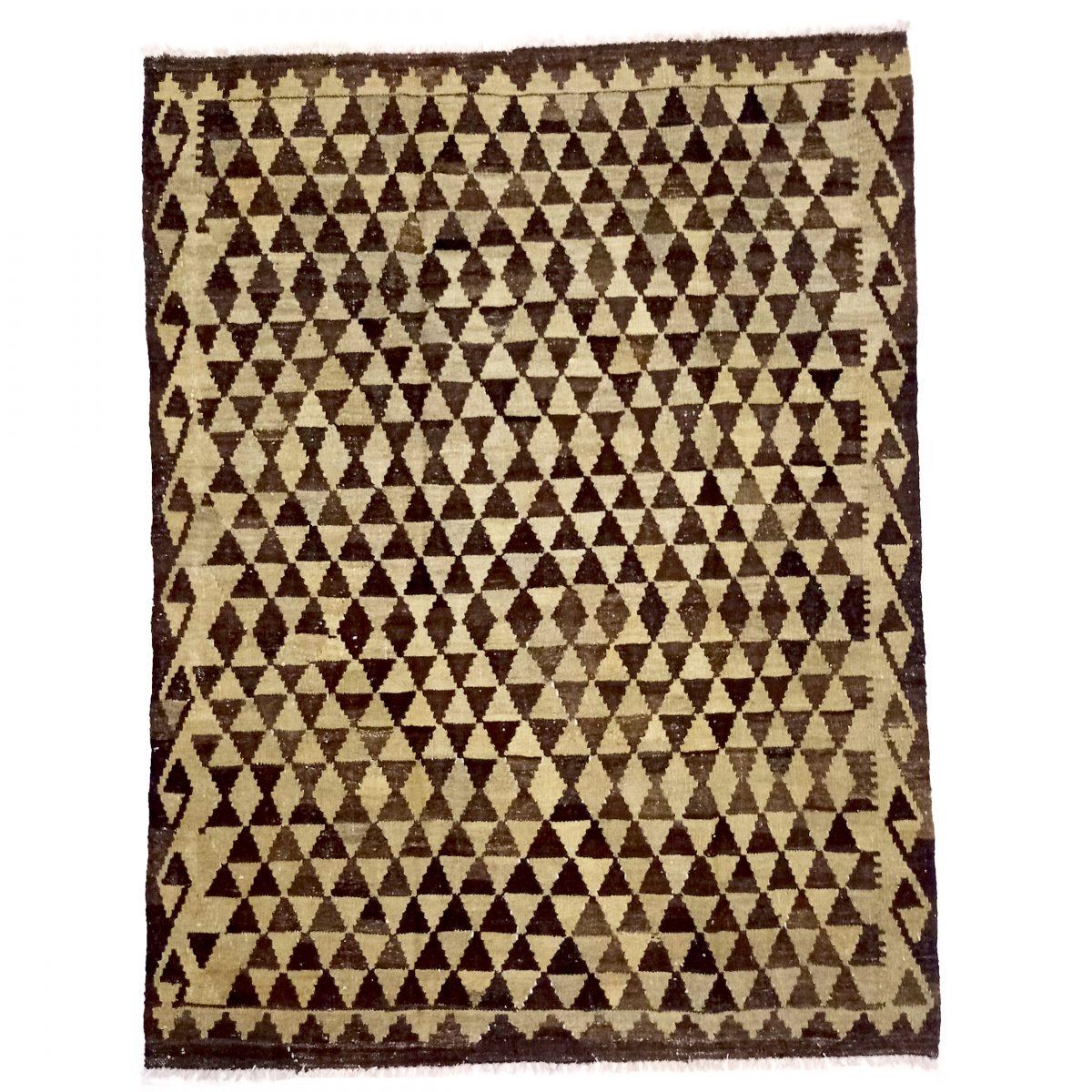 triangular pattern kilim