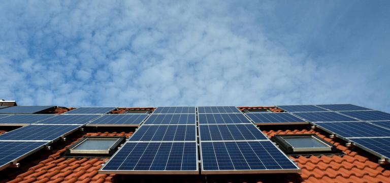 Madrid cubierto de paneles solares