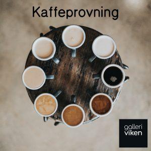 Kaffeprovning på galleriviken, visar 8 koppar med olika sorters kaffe