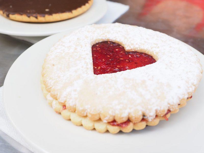 pastries-1521502_1280