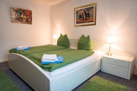 Koenigslinde-Hotel-Doppelbett