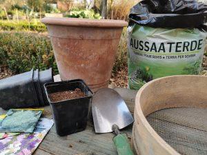 Pflanzenerde: Was Gärtner wissen müssen