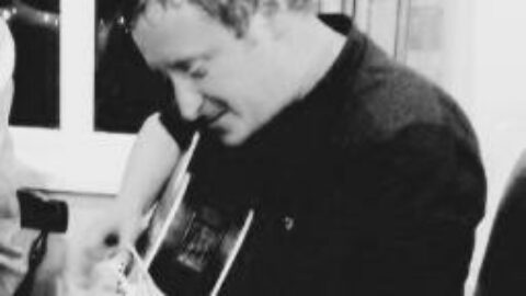 Mike Finnigan – the Demolition Man from Manchester with his Gorgeous Songs