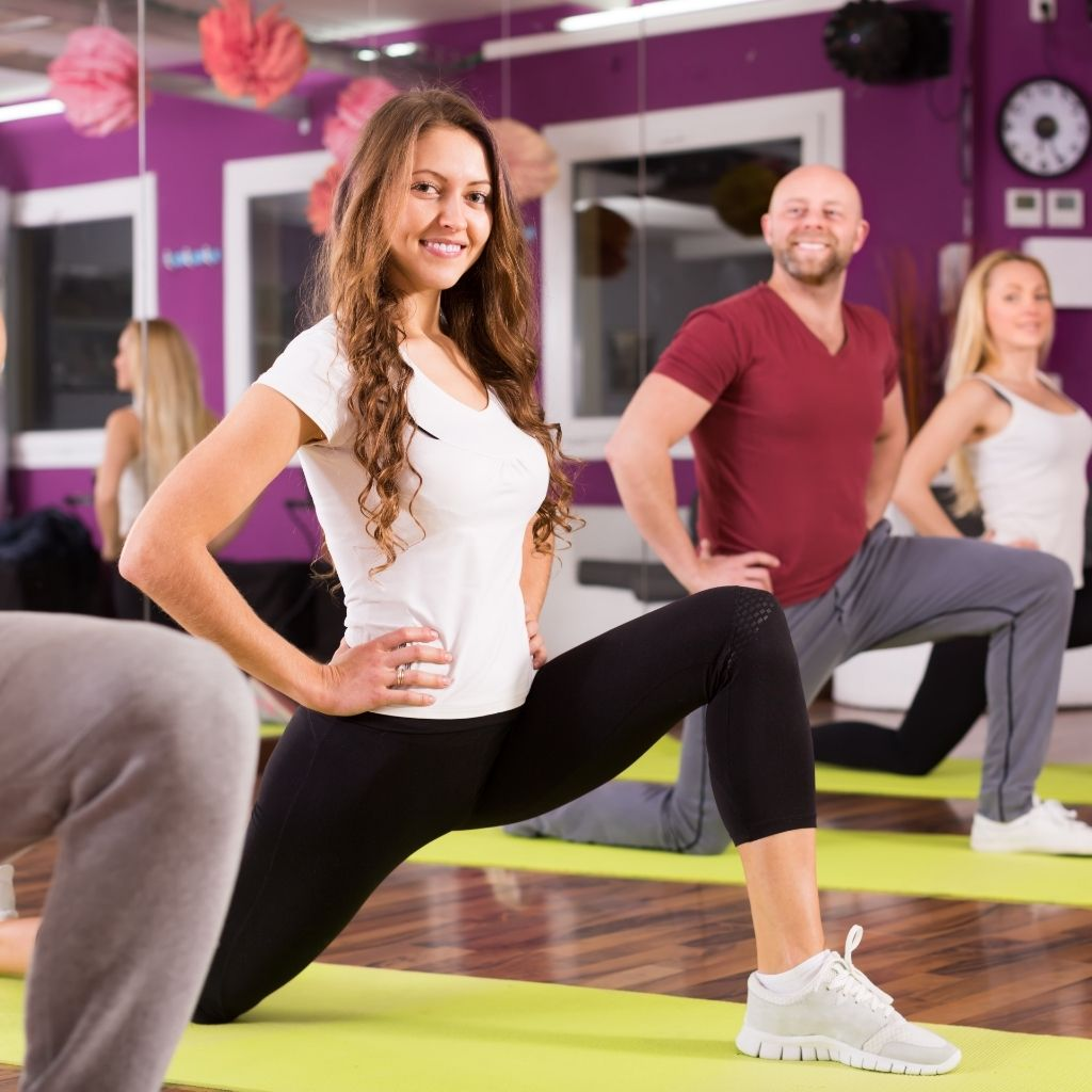 group-fitness-stretching