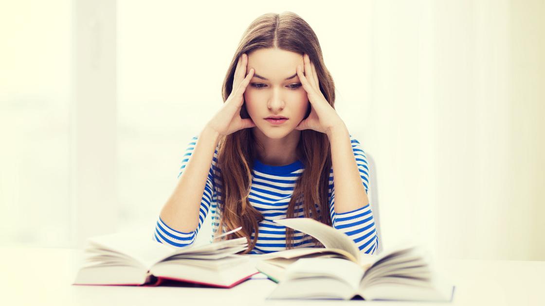 Hjælp stressede unge piger
