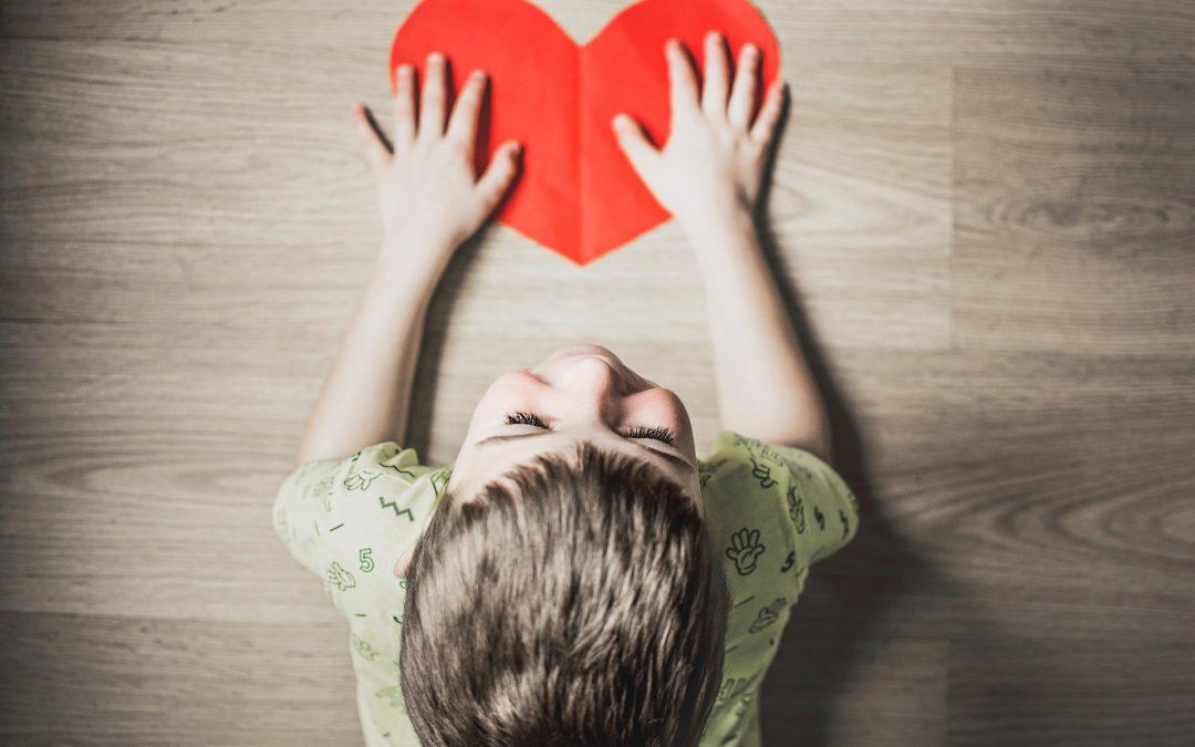 Byg en kærlighedsbro til et barn der savner