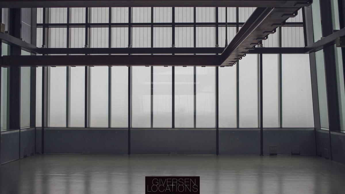 Fotostudie med store vinduer