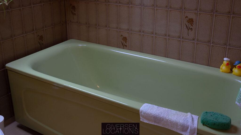 grønt badekar i retrovilla