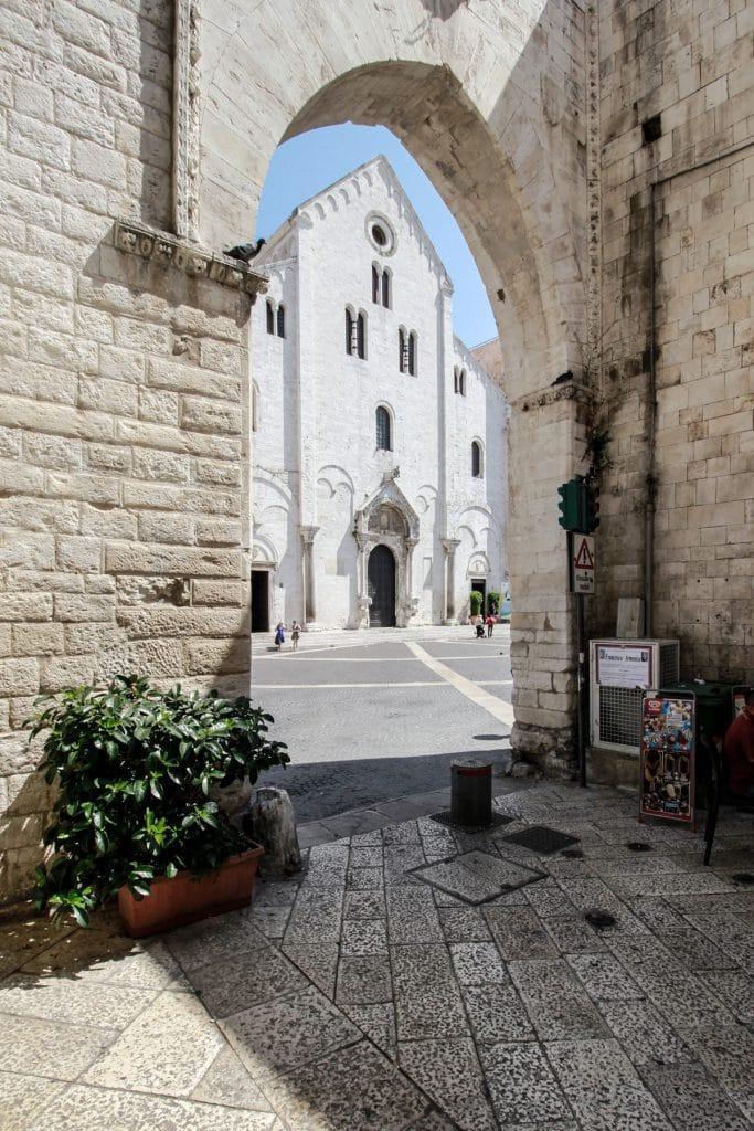 Sorcio della facciata Principale della Basilica di San Nicola