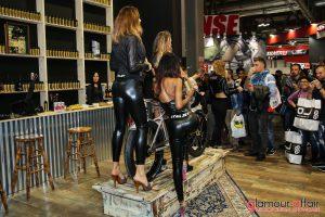 Eicma 2016, Milano Rho Fiera; Eicma girl; Stand Italjet