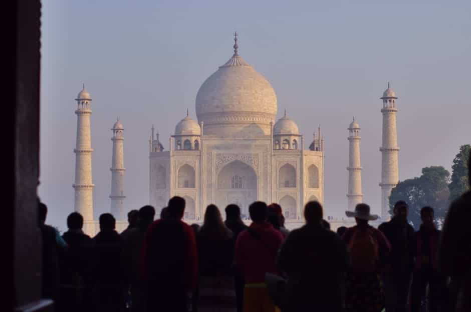 india-taj-mahal-inverno