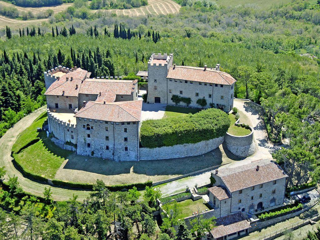 Castelli -Castello di Montegiove, Italia