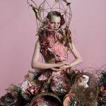 Zara Home, Scatto di Tim Walker per la collezione di Simon Costin: La Grande Illusione