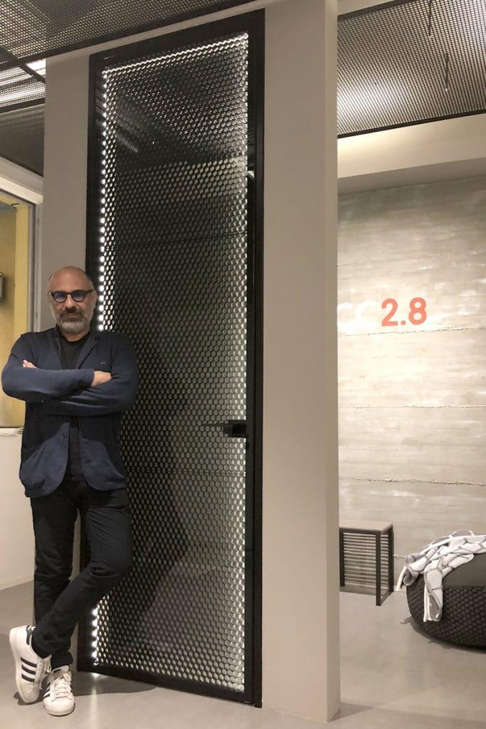 Porta Carbon Core 2.8, architetto Luca de Nova. Sezione Art & Design GAreview luglio-agosto 2018, Magazine online di glamouraffair.com