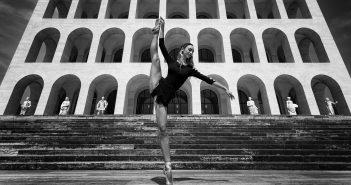 DANCE, Gaetano Pastore, GlamourAffair Vision 10, luglio agosto 2020. Magazine di fotografia, arte e design di Glamouraffair.com