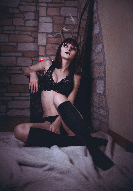 Category: Boudoir & Nude, Fine Art, Glamour, Portrait; Photo: MATTEO ORIZZONTE; Model: Engel Morgenstern; Location: VICENZA