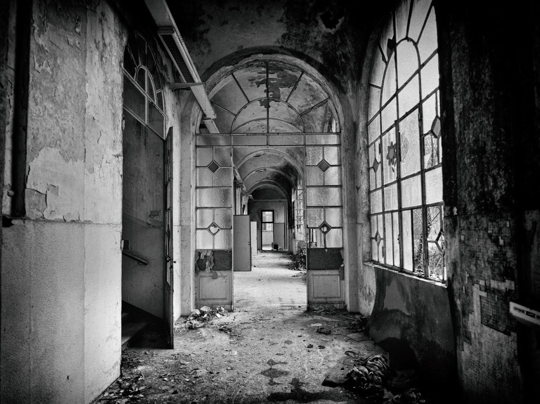Categories: Arch. & Interior, Fine Art Reportage; Ph. IVAN MELZI; Location: Ex manicomio di Mombello – LIMBIATE (MI)
