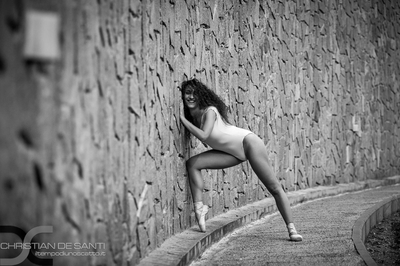 Categories: Glamour, Portrait, Sport; Photo: CHRISTIAN DE SANTI; Model: GIULIA FRASCHETTI; Location: SIENA