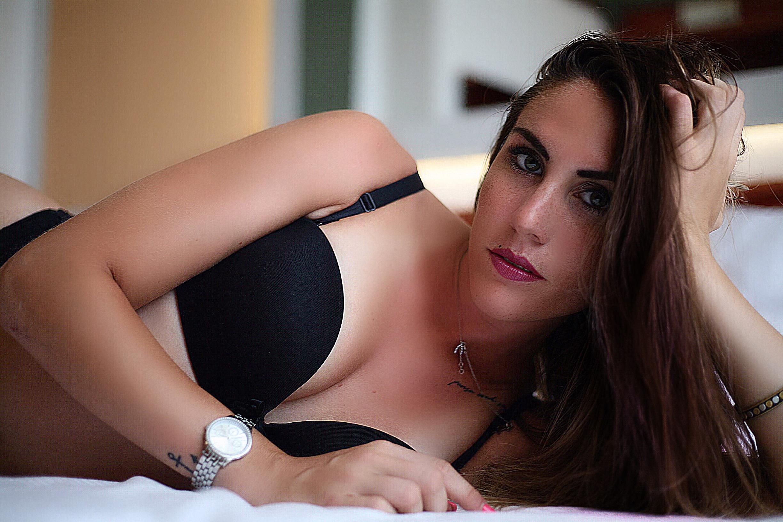 Categorie: Boudoir & Nude, Fashion, Glamour, Street; Model: MARTINA MAZZA (martisvampi); Photo: STEFANO MORONI, LIVIO MORGANTI, Elpangoloco; Location: Milano, MI