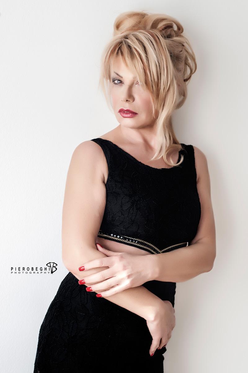 Categorie: Boudoir & Nude, Glamour, Portrait; Photographer: PIERO BEGHI; Model: LORENA BINI; Location: Ghedi, BS, Italia