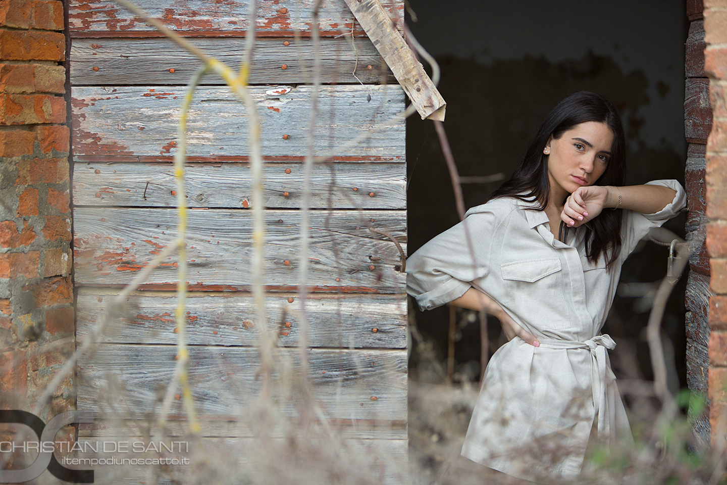 Categorie: Fashion, Portrait; Photographer: CHRISTIAN DE SANTI; Model: ALICE POLI; Location: Toscana