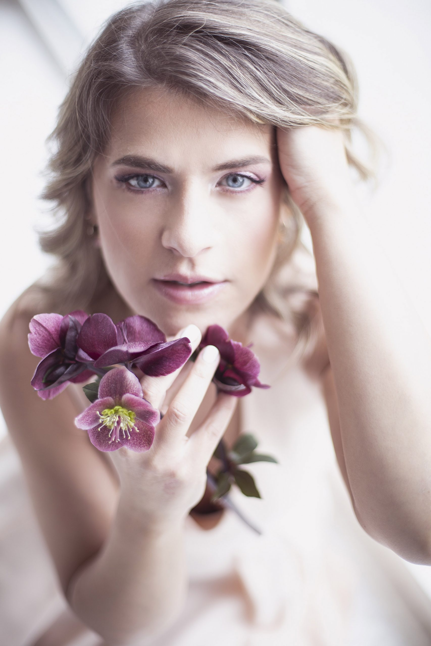 Categorie: Fashion, Glamour, Portrait; Photographer: FEDERICO PASQUALINI; Model: MICHELA MARTINELLI; Mua: MIOTTO CRISTINA; Location: Verona, VR, Italia