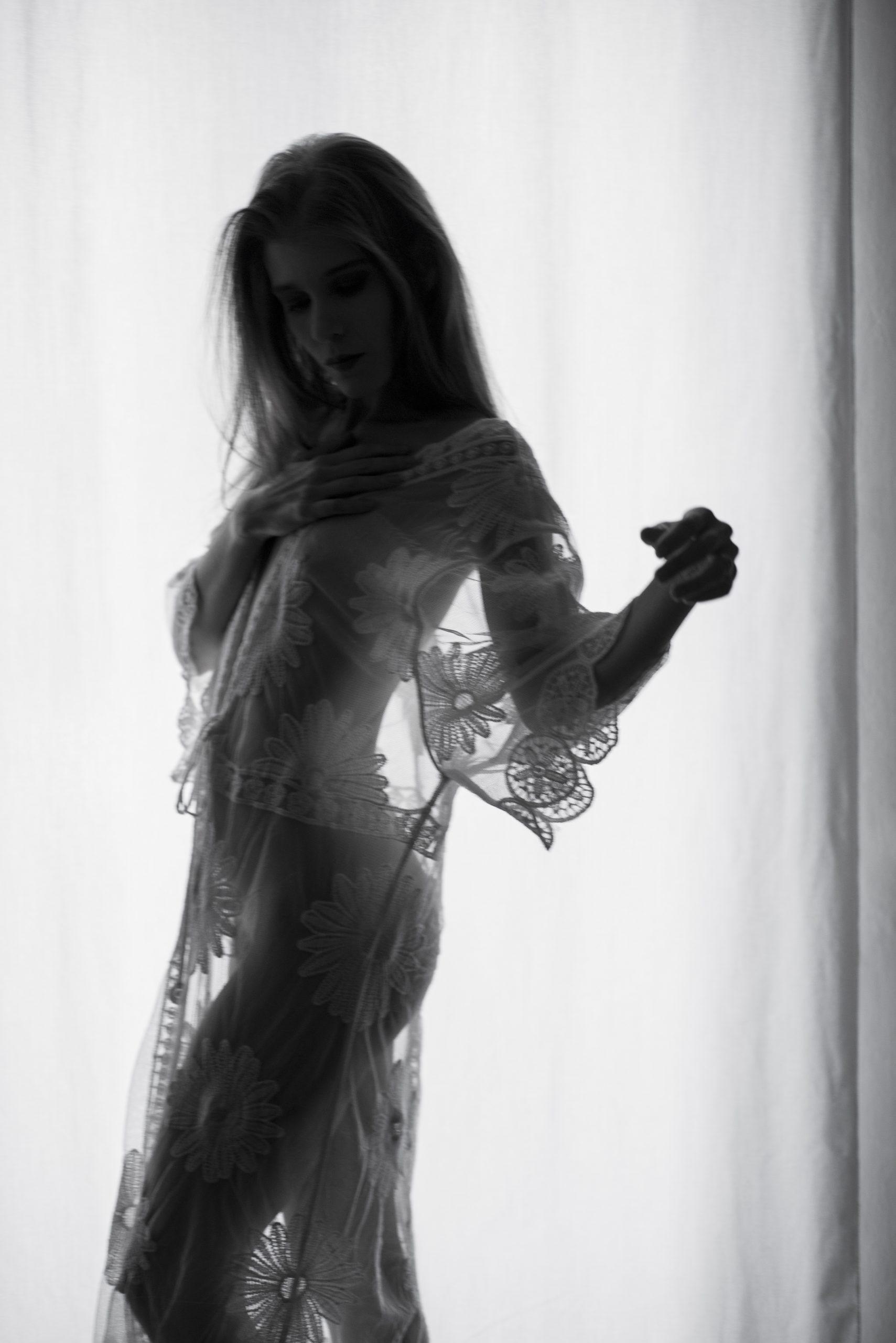 Categorie: Boudoir & Nude, Glamour, Portrait; Photographer: AURORA LIPERINI; Model: ELISA PAGANO; Location: Livorno, LI, Italia