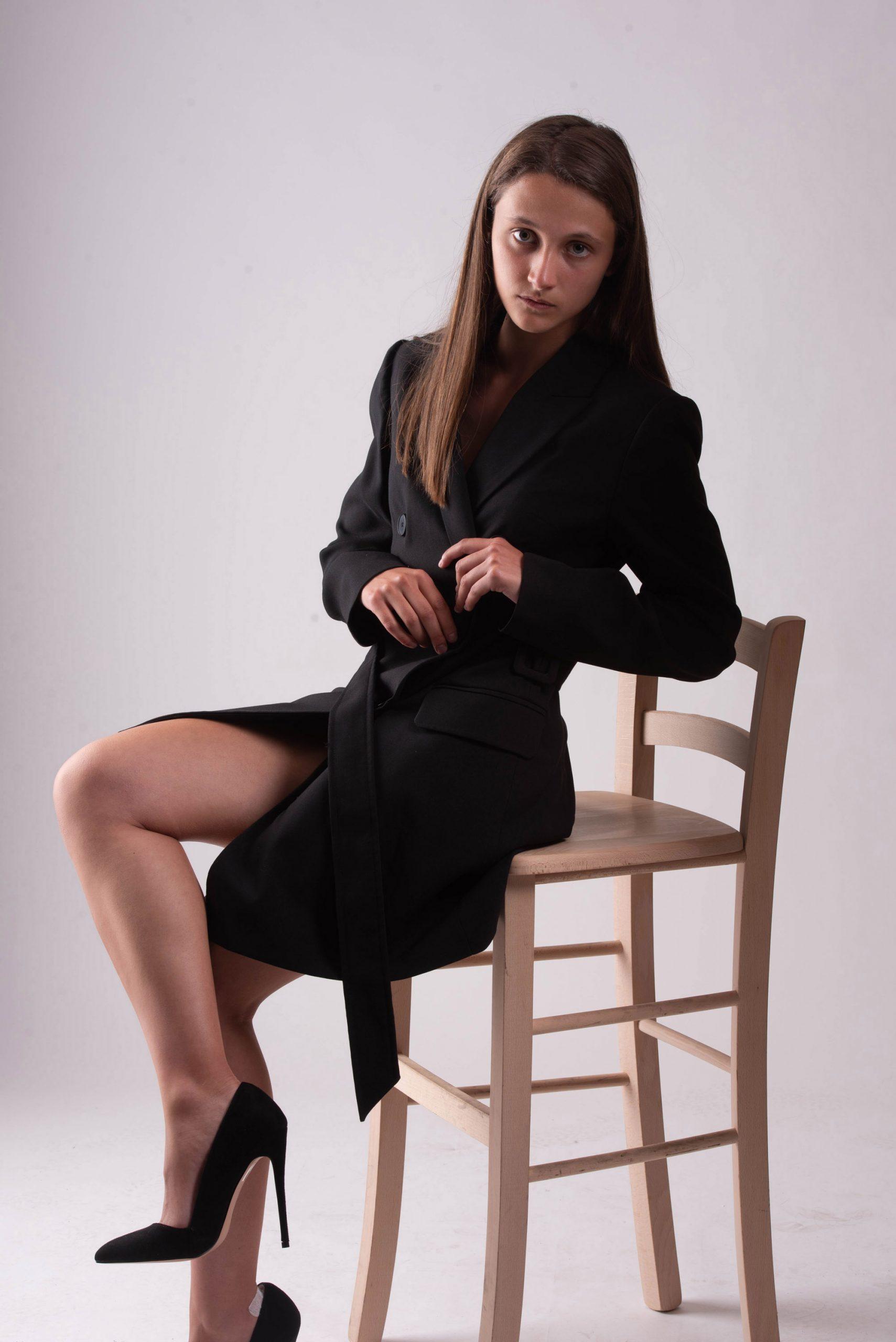 Categoria: Fashion; Photographer: GIANNI BONELLI; Model: ANGELICA MELONI; Location: Studio K2 - Via delle Scuole, 6, Rosia, SI, Italia